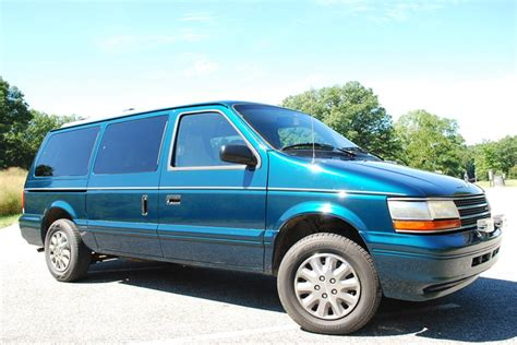 how cars run 1995 plymouth grand voyager regenerative braking 1995 plymouth voyager overview cargurus
