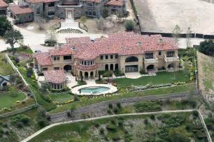 janet jackson house file photo la county sheriff s deputies were called to