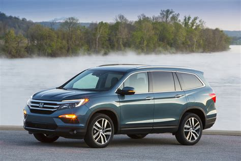 honda pilot  seat suv rated     mpg combined