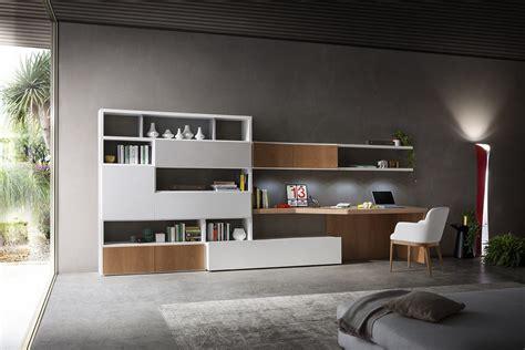 libreria con scrivania integrata parete attrezzata con scrivania integrata 702 napol