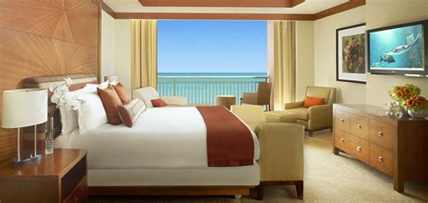 hotel room bedroom azure suites bahamas romantic hotel room atlantis paradise island