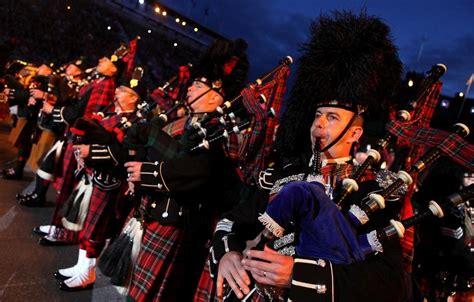 Edinburgh Tattoo Road Closures   the royal edinburgh military tattoo kicks off a show zimbio