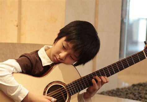 cara bermain gitar seperti sungha jung cara bermain gitar bagi pemula connelo ic