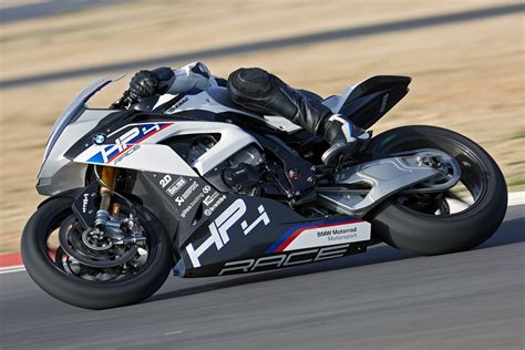 Bmw Motorrad Hp4 Race by Bmw Hp4 Race Supersportiva In Limited Edition Cavalli
