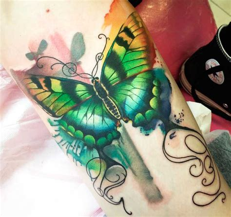 immagini tatuaggi fiori e farfalle tatuaggi di fiori e farfalle tatuaggi farfalle 200 foto