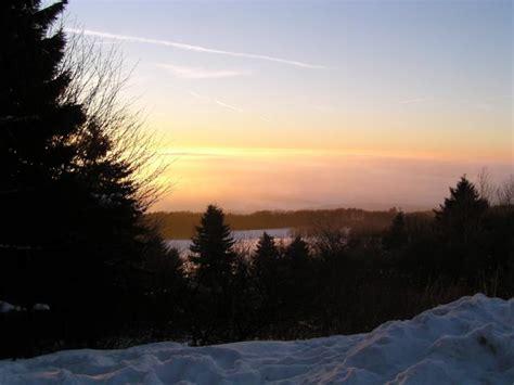wandlen fackeln lichtmess wandern mit fackeln geo naturpark frau holle