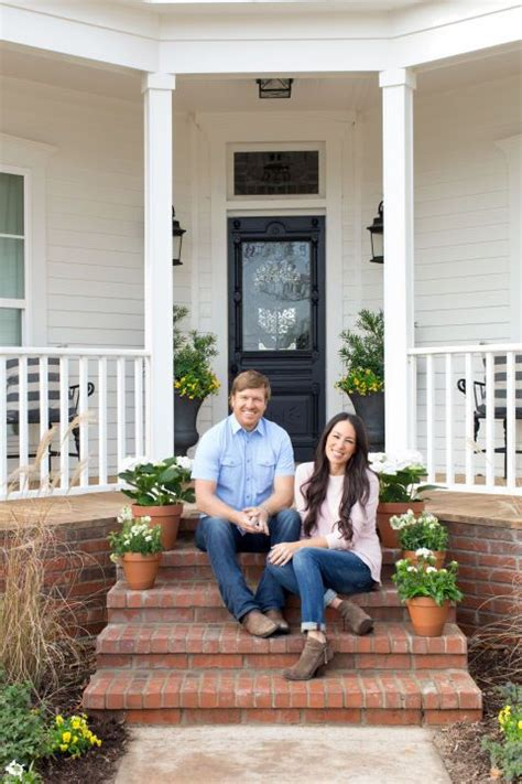 joanna chip gaines your new tv crushes modernize 299 best tv fixer upper images on pinterest