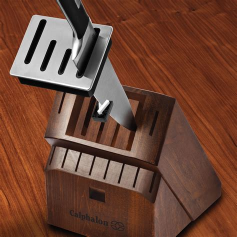 sharpening kitchen knives calphalon precision self sharpening 15 knife block set with sharpin