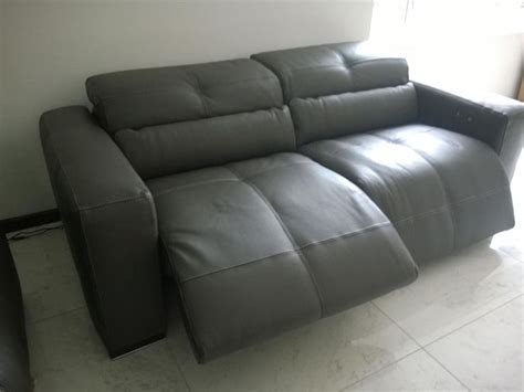milano leather recliner sofa 17 best images about milano recliner sofa on pinterest