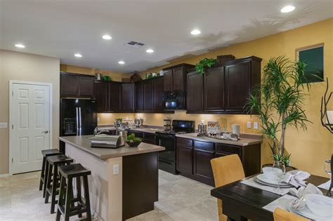Hanging Lights Kitchen Pulte Homes Quot Bliss Quot Model Home Vail Arizona Traditional Kitchen Other Metro By