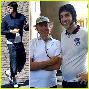 sacha baron cohen new movie sacha baron cohen gets into character for grimsby