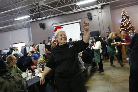 charities during christmas catholic charities 125 volunteers team up to feed homeless las vegas review journal