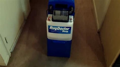 Rug Doctor How To Use by Rug Doctor Mighty Pro Cleans An Apartment