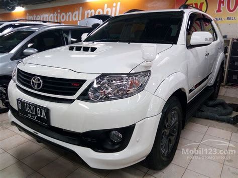 Selimut Mobil Khusus Toyota Fortuner toyota fortuner 2014 g trd 2 5 di dki jakarta automatic suv putih rp 345 000 000 3864036
