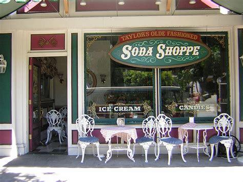 soda shop wiki taylor s olde fashioned soda shoppe gilmore girls wiki