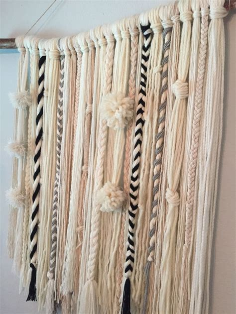 Wall Hangings - 17 idee 235 n yarn wall hanging op