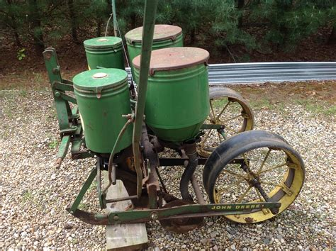 246 Corn Planter deere 246 247 3 point corn planter michigan sportsman michigan and