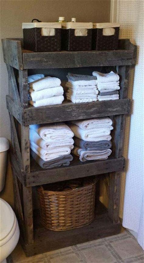 25 best ideas about pallet art on pinterest wood pallet the best 24 diy pallet projects for your bathroom