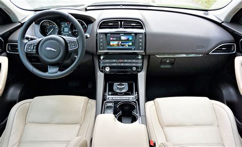 jaguar jeep inside 100 jaguar jeep inside jaguar reveals e pace the