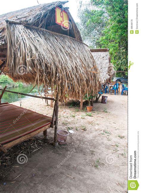 strohdach pavillon pavillon mit strohdach stockfoto bild 48648176