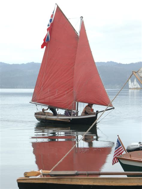 Small Sailboats With Cabin by Place To Store Oars On Small Cabin Sailboat