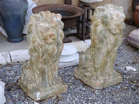 lioni da giardino coppia di leoni in terracotta da giardino antiquariato e
