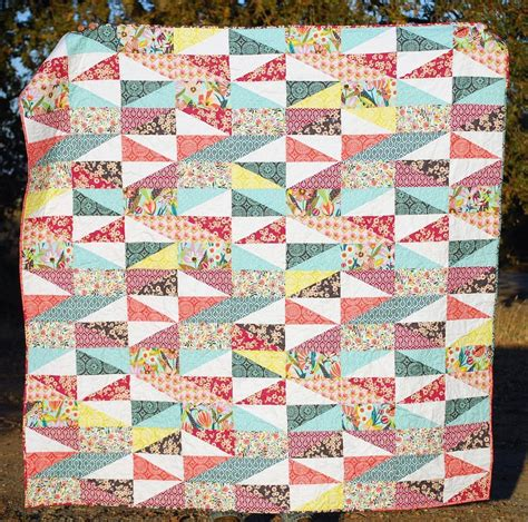 How To Make A Patchwork Quilt With A Sewing Machine - patchwork quilting for beginners patterns to try