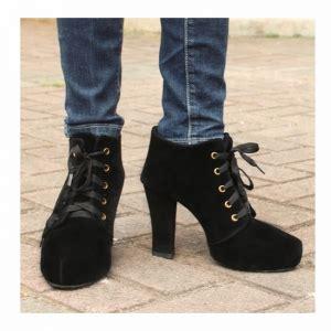 Sepatu Boots Berhak 10 jenis sepatu yang wajib dimiliki wanita natasyatjiu