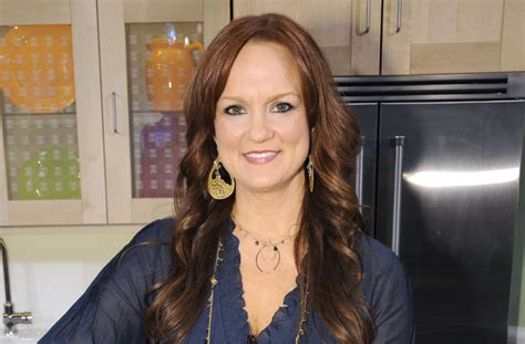 hot chick food network ree drummond star of food network s the pioneer woman