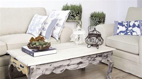stijlvolle salontafel verkant de stijlvolle houten salontafel westwing
