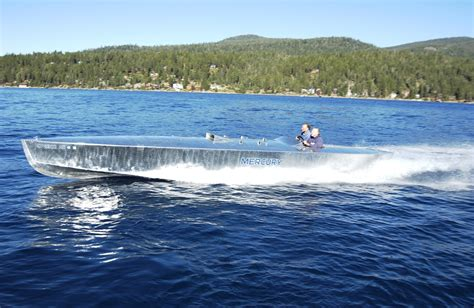 lake tahoe race boats boaters from around the country are racing towards south
