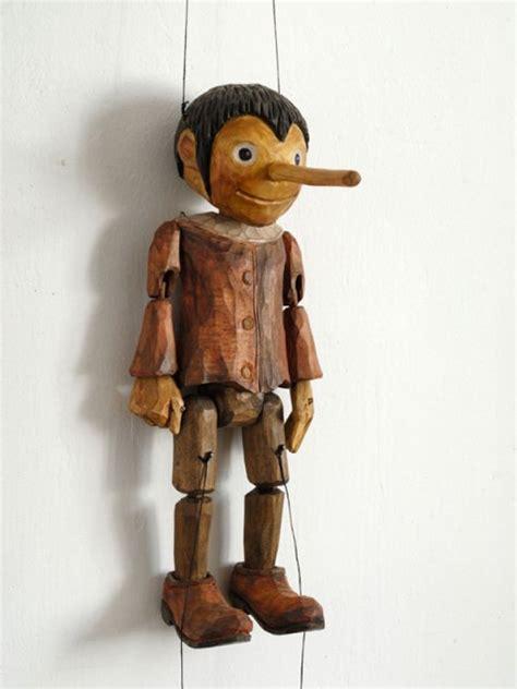 Handmade Marionettes - geppettos workshop sassafras 187 marionettes