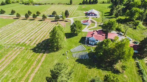 Country Weddings   Barn Wedding Venue