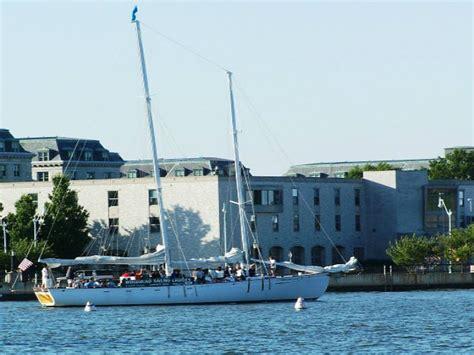 soul boat philadelphia getaway guide summer boat rides on the chesapeake 171 cbs