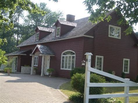 carriage house bed and breakfast kemp carriage house bed and breakfast niagara on the lake ontario b b reviews
