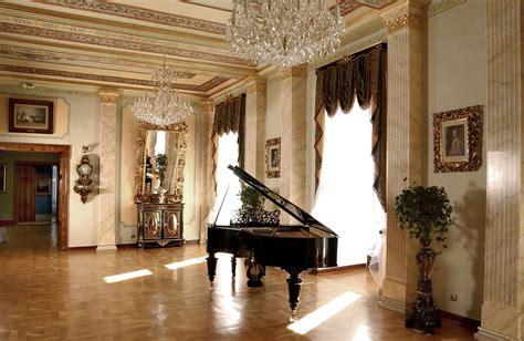 w bielsku plik salon muzyczny w muzeum w bielsku jpg wikipedia