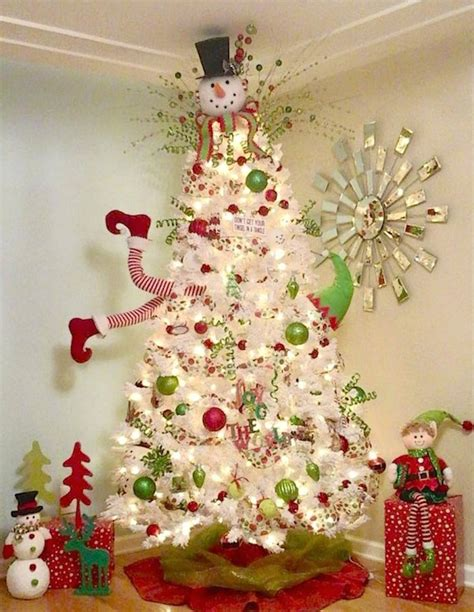 somple kids themd christmas trees in muti colors 30 gorgeous tree decorating ideas you should try this year