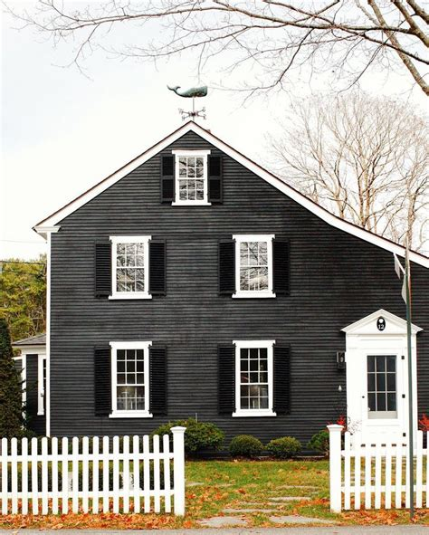 dark gray siding house 25 best ideas about dark gray houses on pinterest outdoor house colors gray houses