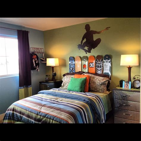 skateboard themed bedroom some uniqueness of skateboard bedroom decor for kids