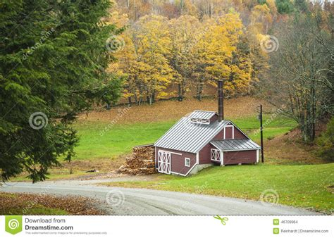 maple house maple sugar house reading vermont usa stock photo image 46709964
