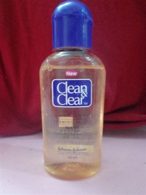 Hersim Perfectly Clear Wash Smooth Firming clean clear foaming wash review