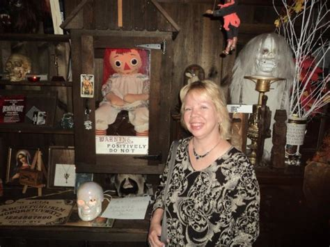 annabelle doll in museum i met annabelle the doll and you can thetripwitch