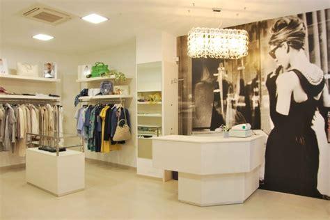 arredamento negozio calzature arredamento negozi abbigliamento e calzature alessandria