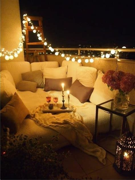 schöner garten gestalten idee balkon beleuchtung