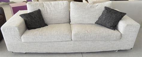 divani roche bobois outlet divano in tessuto roche bobois scontato 50 divani a