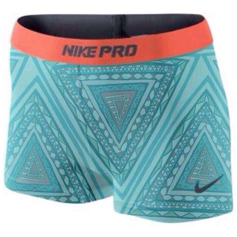 Nike Spandek aztec printed nike pro spandex