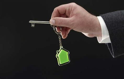 renting an apartment why you need to check your credit before renting an