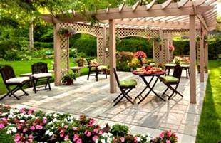 home backyard design beautiful green yard landscaping design ideas with green shrubs and trees homelk com