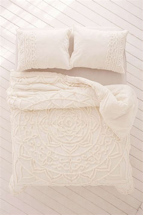 outfitters bed linen best 25 outfitters bedding ideas on