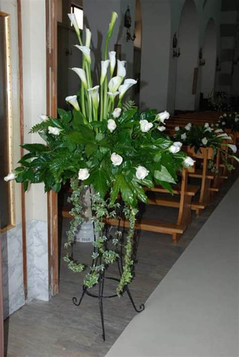 fiori per addobbi matrimonio addobbo matrimonio chiesa con calle e con orchidee di